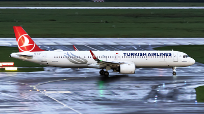A picture of TCLSF - Airbus A321271NX - Turkish Airlines - © Sebastian Thiel