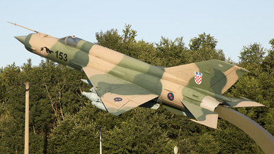 105 - Mikoyan-Gurevich MiG-21bis Fishbed L - Croatia - Air Force