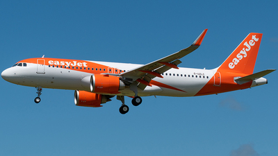 G-UZLC - Airbus A320-251N - easyJet
