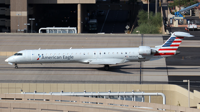 A picture of N931LR - Mitsubishi CRJ900ER - American Airlines - © Huy Do