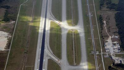 KIAH - Airport - Runway