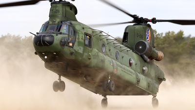 D-106 - Boeing CH-47D Chinook - Netherlands - Royal Air Force