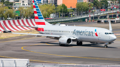 A picture of N967NN - Boeing 737823 - American Airlines - © Arturo Quintero