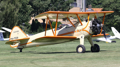 PH-TOX - Boeing A75N1 Stearman - Private