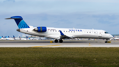 A picture of N526GJ - Mitsubishi CRJ550 - United Airlines - © Haocheng Fang