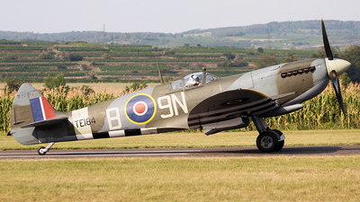 G-MXVI - Supermarine Spitfire Mk.XVI - Private