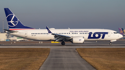 SP-LVF - Boeing 737-8 MAX - LOT Polish Airlines