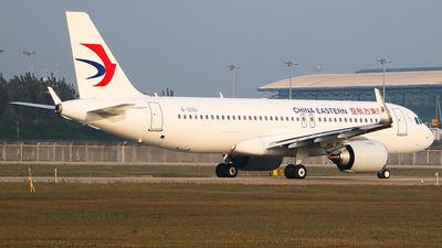 B-325U - Airbus A320-251N - China Eastern Airlines