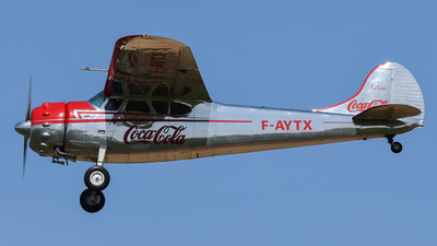 F-AYTX - Cessna 195A - Private