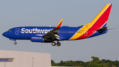A picture of N448WN - Boeing 7377H4 - Southwest Airlines - © Positive Rate Photography