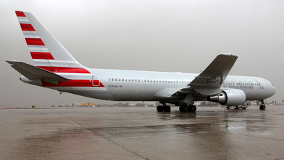 N374AA - Boeing 767-323(ER) - Untitled