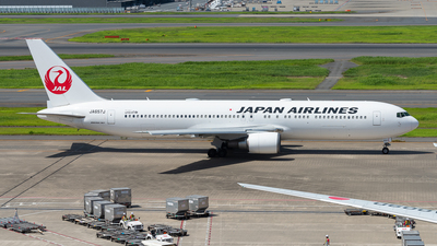 JA657J - Boeing 767-346(ER) - Japan Airlines (JAL)