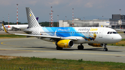 EC-MLE - Airbus A320-232 - Vueling Airlines