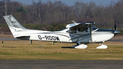 A picture of GRDDM - Cessna 182T Skylane - [18282387] - © James Mepsted