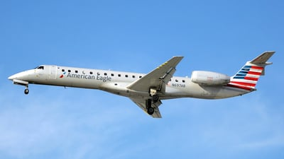 A picture of N697AB - Embraer ERJ145LR - American Airlines - © Paul Denton