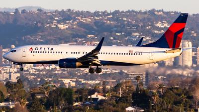 N3760C - Boeing 737-832 - Delta Air Lines