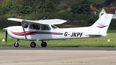G-JKPF - Cessna 172S Skyhawk - Private