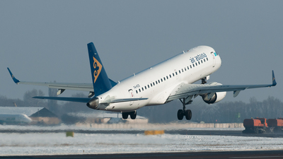 P4-KCK - Embraer 190-100LR - Air Astana