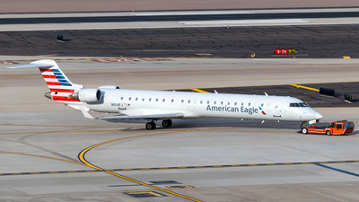 A picture of N914FJ - Mitsubishi CRJ900ER - American Airlines - © Ricky Teteris