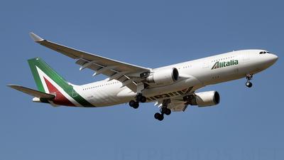 I-EJGB - Airbus A330-202 - Alitalia