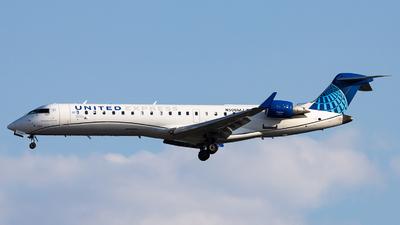A picture of N506MJ - Mitsubishi CRJ701ER - United Airlines - © Sean Brink