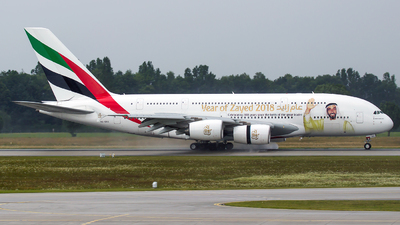 A6-EOG - Airbus A380-861 - Emirates