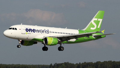 VQ-BQW - Airbus A319-115(LR) - S7 Airlines