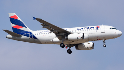 A picture of CCCPO - Airbus A319132 - LATAM Airlines - © Diego Jara Ibarra