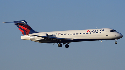 N983AT - Boeing 717-2BD - Delta Air Lines