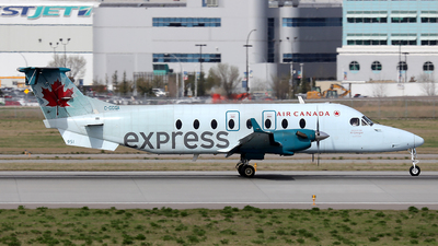 C-GGGA - Beech 1900D - Air Canada Express (Air Georgian)