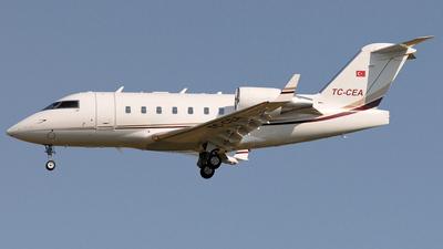 TC-CEA - Bombardier CL-600-2B16 Challenger 604 - MNG Jet