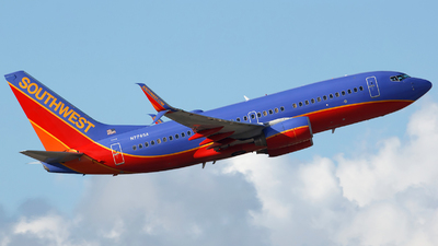 N7745A - Boeing 737-7BD - Southwest Airlines