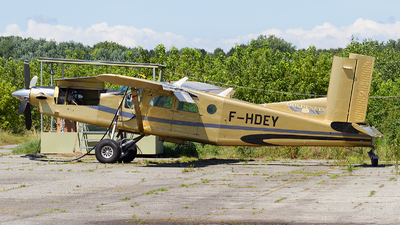 F-HDEY - Pilatus PC-6/B2-H4 Turbo Porter - Goldeneye