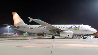 LY-VEN - Airbus A320-233 - Sky Angkor Airlines (Avion Express)