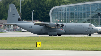 130601 - Lockheed Martin CC-130J Hercules - Canada - Royal Air Force