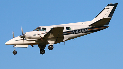 N49AM - Beechcraft B60 Duke - Private