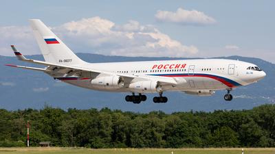 A picture of RA96017 - Ilyushin Il96300 - Rossiya  Special Flight Squadron - © Alexandre Fazan