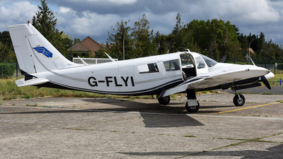 G-FLYI - Piper PA-34-200 Seneca - Private