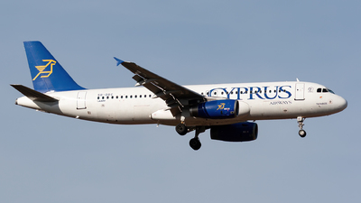 5B-DBC - Airbus A320-231 - Cyprus Airways