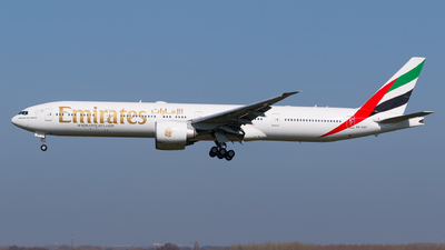 A picture of A6EGF - Boeing 77731H(ER) - Emirates - © Matteo Lamberts