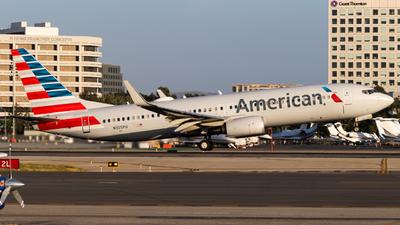 N355PU - Boeing 737-823 - American Airlines