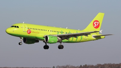 A picture of VPBHK - Airbus A319114 - S7 Airlines - © BizavMen