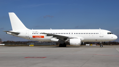 YL-LCU - Airbus A320-214 - easyJet (SmartLynx Airlines)