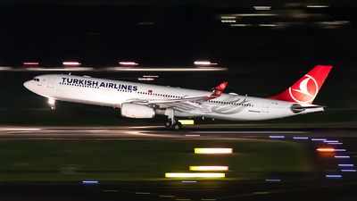 TC-JNI - Airbus A330-343 - Turkish Airlines