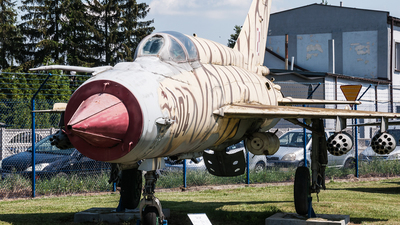 04 - Mikoyan-Gurevich MiG-21M Fishbed J - Poland - Air Force