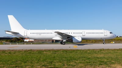 LY-VED - Airbus A321-211 - Avion Express