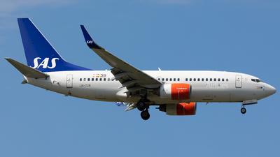 LN-TUK - Boeing 737-705 - Scandinavian Airlines (SAS)