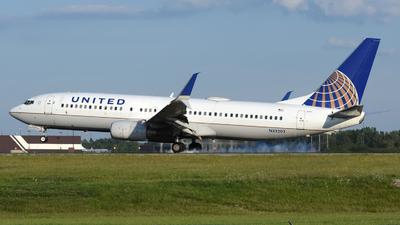 N33203 - Boeing 737-824 - United Airlines