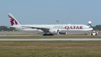 A picture of A7BEL - Boeing 7773DZ(ER) - Qatar Airways - © Denis Florian Saint-Onge