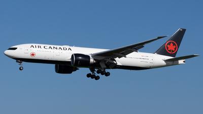 A picture of CFNNH - Boeing 777233(LR) - Air Canada - © John Yu
